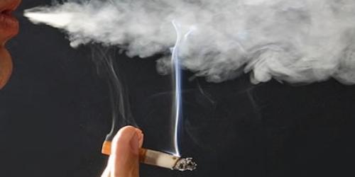 девушки Болгарии курят больше, чем парни
