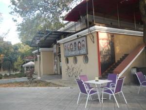 Достопримечательности Варны список театр и кафе рядом с часовой башней