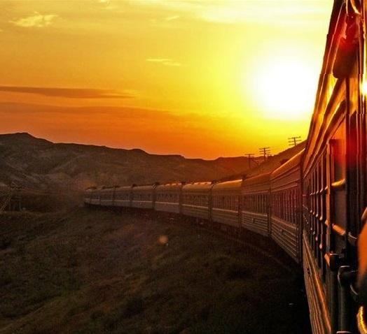Поезда в городе Обзор