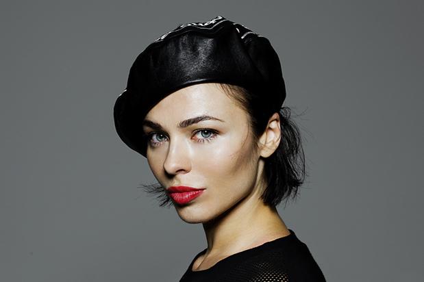 какао бич DJ Nina Kraviz