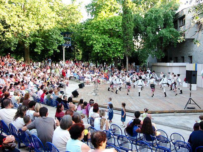 Достопримечательности Варны летний театр в варне изображение