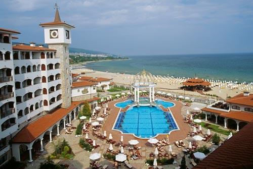 Отели курорта Солнечный Берег с бассейном