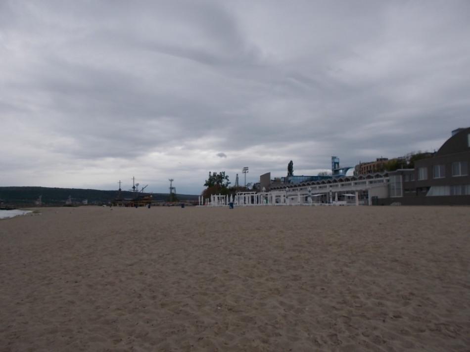 Болгария Варна фото пляжей - центральный пляж