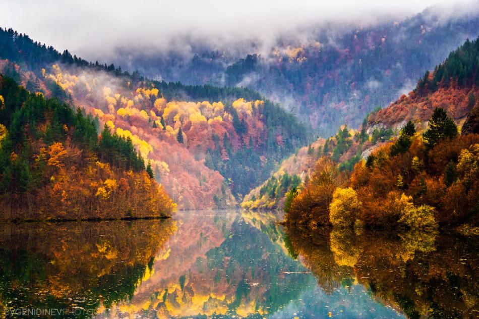 30 феноменальных фотографий - горы родопские осенью