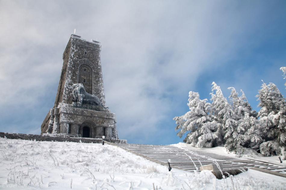 30 феноменальных фотографий - сакральное место в Болгарии Гора Шипка