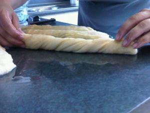козунак рецепт с фото катаем колбаски