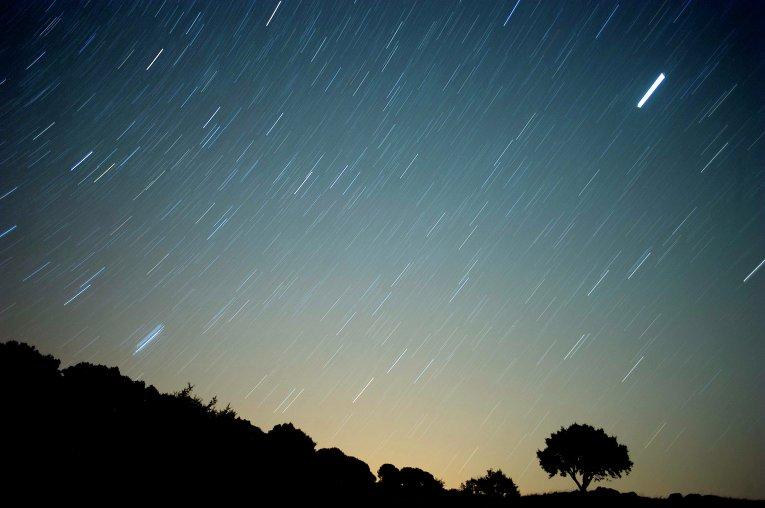 Метеоритный дождь - звездопад из метеоритов