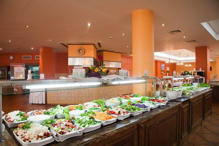 Обзор отель Мирамар ресторан