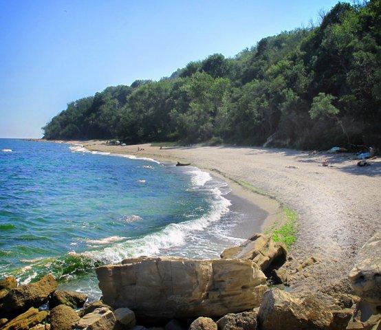Нудийский пляж Галата
