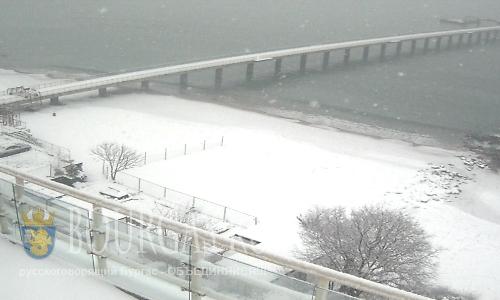 Бургас в снегу