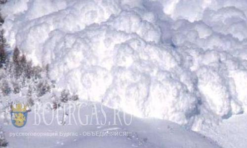 Несколько лавин сошли в горах Болгарии, под лавиной в Болгарии, лавинная опасность