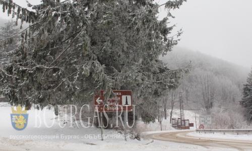 Шипка Болгария - глубина снега около метра