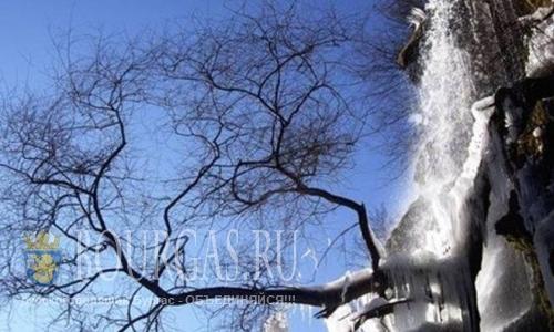 В Болгарии замерз 72-х метровый водопад