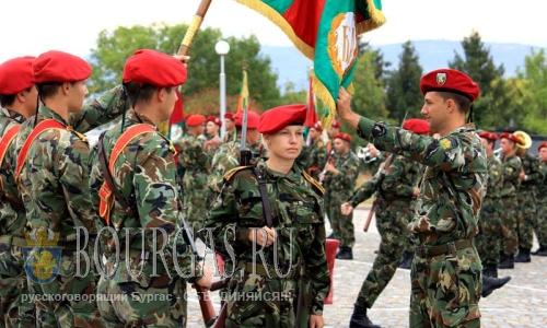 Болгария решила увеличить численность офицеров в армии