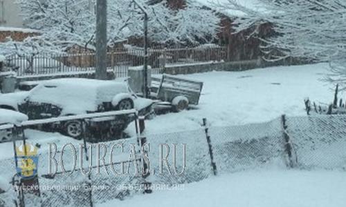 В Смоляне Болгария выпало 15 см снега