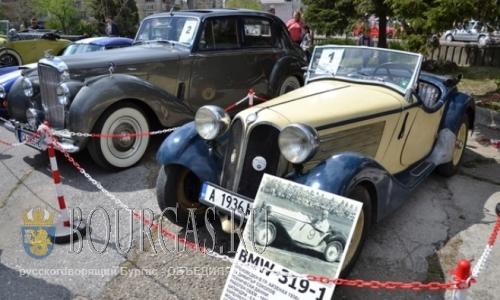 фестиваль ретро-автомобилей в Сливене
