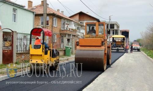 Улицы Поморие и Ахелой готовят к сезону