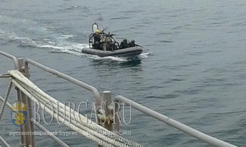 В Бургасском заливе ловили нелегалов