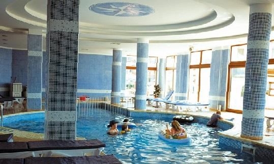 Болгария отель Riu Helios Bay детский бассейн