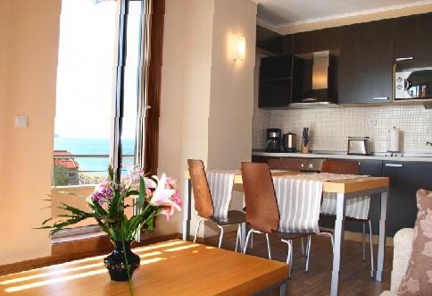 Кухня в номере отеля Obzor Beach Resort, Обзор