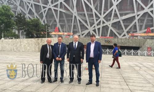 В Китае ждут болгарских футболистов и тренеров
