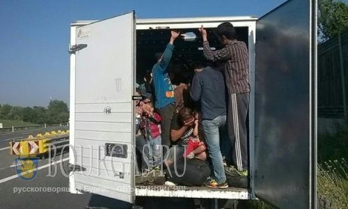 нелегальные мигранты в Болгарии, нелегальных мигрантов в Болгарии, двое болгар, морозы в Болгарии
