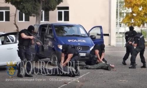 Полиция Болгарии проводит спецоперации по всей стране