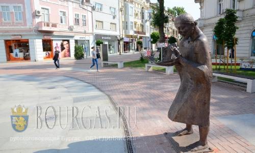 В центре Варны установили еще одну скульптуру