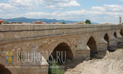 19 июля 2016 года, Болгария, мост у города Свиленград над рекой Марица