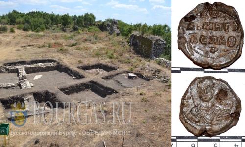 28 июля 2016 года, Болгария, крепость Лютица, Восточные Родопы, найдена оловянная печать византийского протоспафария