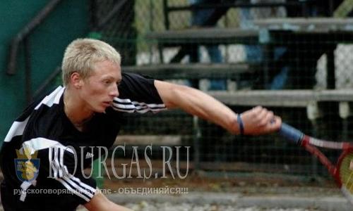 болгарский теннисист Данаил Тарпов