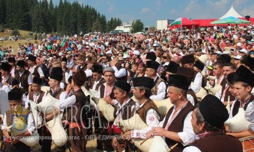 фольклорный фестиваль в Рожен