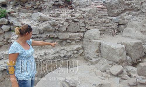 30 августа 2016 года, Пловдив, на одном из холмов найден некрополь и остатки дорогого мрамора