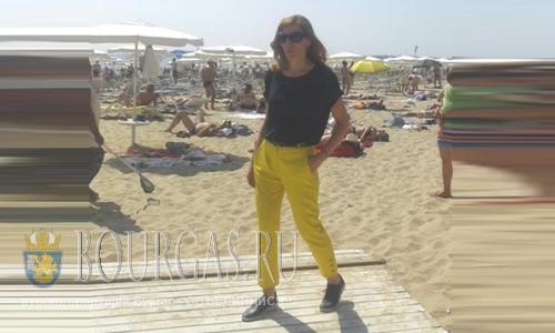 Николина Ангелкова инспектирует пляжи