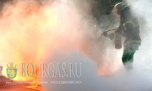 В Центре Бургаса сожгли автомобиль