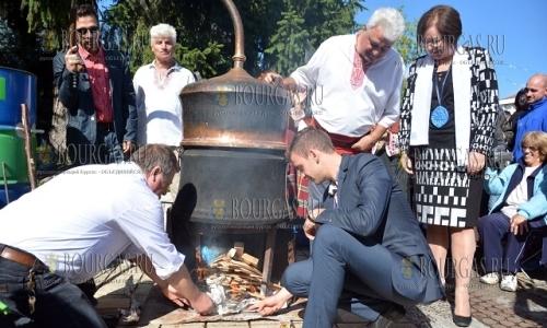 25 сентября 2016, село Орешак, открытие Фестиваля сливовицы и ракии