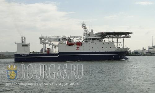 английское научно-исследовательское судно Stril Explorer в Черном море у берегов Болгарии