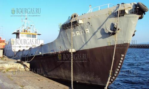 Болгарское судно продали по цене подержанного авто