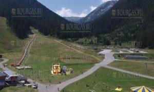 горнолыжный курорт Банско в летний сезон - панорама