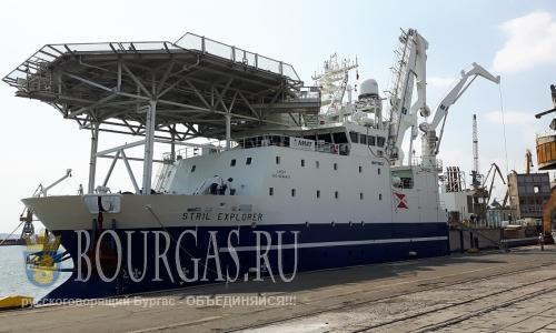 Исследовательское судно STRIL EXPLORER в Бургасе,