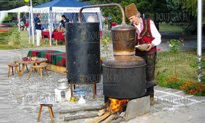 открытие Фестиваля сливовицы стартовал в селении Орешак