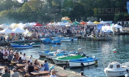 Рыбный фестиваль в Царево посетили более 10 000 человек