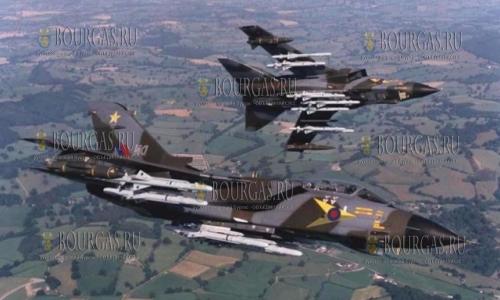 Самолеты ВВС Великобритании в болгарском небе