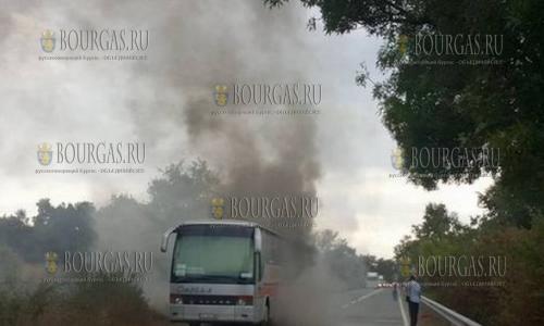 В Бургасской области сгорел туристический автобус