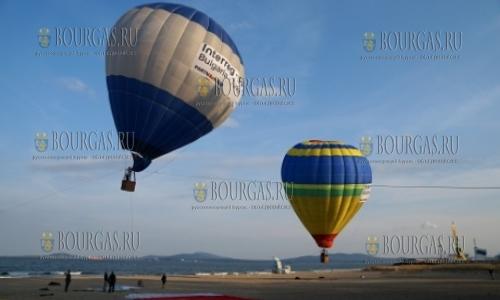 Воздушные шары в небе над Бургасом
