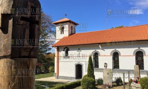 10 октября 2016 года, Шишмановский монастырь Успения Пресвятой Богородицы в 2017 году отметит свое 90-летие