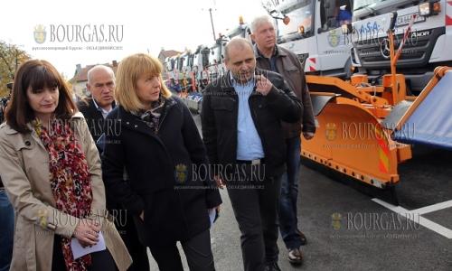 20 октября 2016 года, София, мэр города - Йорданка Фандыкова, проверила готовность специальной техники к зимнему сезону