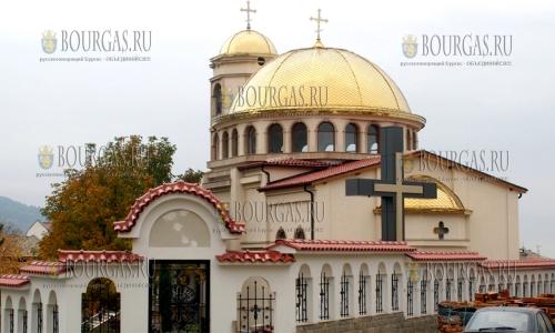 26 октября 2016 года, Асеновград, новый храм Святого Архангела Михаила будет освящен в ближайшее воскресенье, 30-го октября