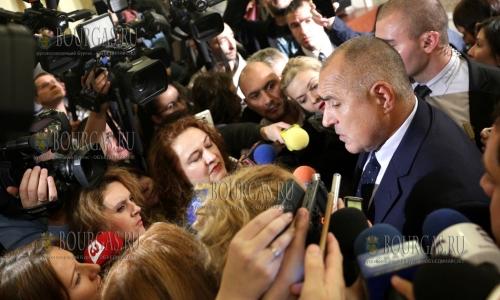 15 ноября 2016 года, София в здании Народного Собрания Болгарии, Бойко Борисов уже в статусе экс-премьер-министра Болгарии, отставки Бойко Борисова