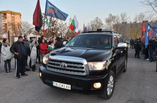 25 ноября, Харманли, экс-премьер Бойко Борисов приехал лично увидеть то, что происходит в Центре временного содержания беженцев